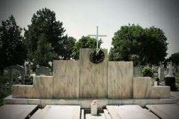 Monument din MARMURA 1